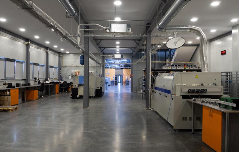 Mikro-automatyka we współpracy z RENEX Group zwiększa moce produkcyjne