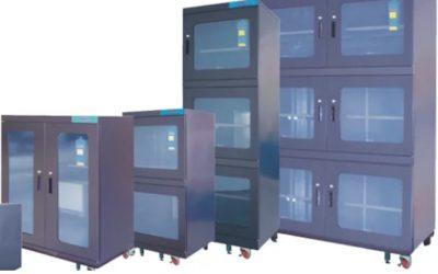 Szafy osuszające do zabezpieczenia komponentów elektronicznych